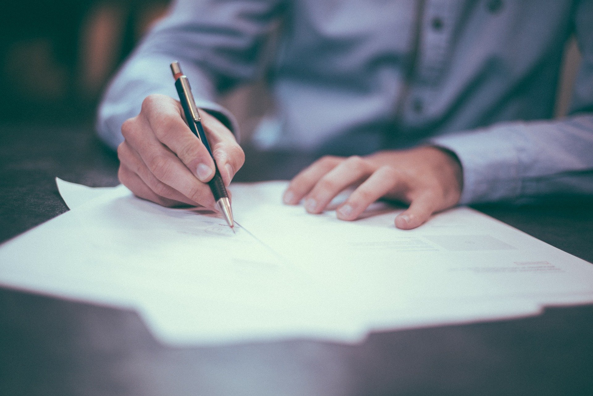 Adjusting employment conditions: what are the employer's options?